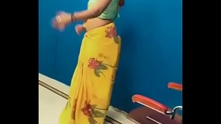 Swathi naidu sexy dance in saree
