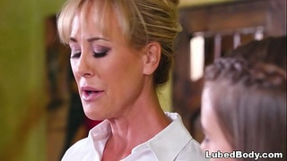 The rival massage spa - Brandi Love and Jill Kassidy