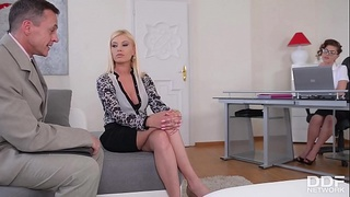 Curly brunette Bijou &amp_ leggy blondie Donna Bell'_s sexy assholes fucked