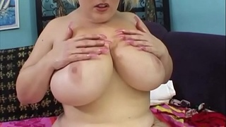 Bunny, a cunt blessed with big tits, gets nailed by the men - she sees the life Funny ...