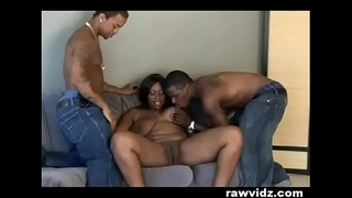 SKYY BLACK GETTING FUCKED BY BBC THREESOME