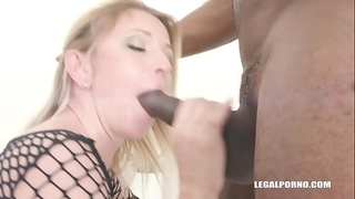 Sindy Rose is back for more anal sex &amp_ creampie IV263