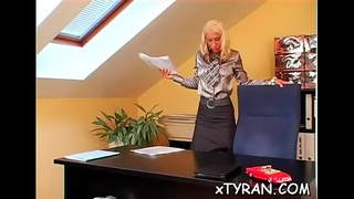 Magnificent maiden Gina Killmer blows donga gets ready for fuck