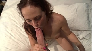 Hot brunette Josi Valentine 69 with lucky old man
