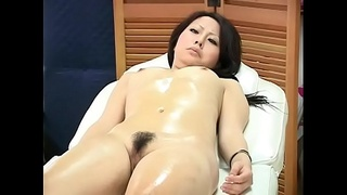 GoGo Massage - MILF is Reluctant