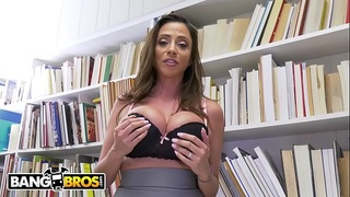 BANGBROS - Juan El Caballo Loco Is Struggling So Latin MILF Ariella Ferrera Tutors Him