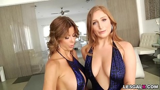 Blonde lesbian MILF Alexis Fawx is looking for some wet and wild fun, all-natural beauty Skylar Snow is just the wet dream she'_s been craving.
