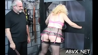 Hottie gets man to roughly stimulate her bawdy cleft in slavery xxx