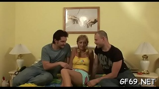 Pleasing beauty'_s chaste pussy delight excited dudes