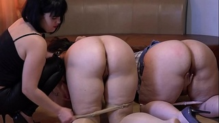 Lesbians with big butts in group sex, girlfriend licking ass and licks pussy, fisting in a deep hole.