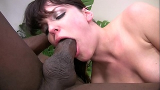 Ebony Guy Fucks White Chick!