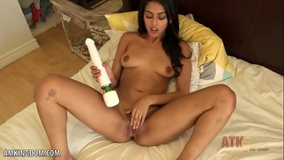 masturbate,horny,amateur,young,solo,fingering,ass