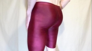 Fucking a sponge in tight oiled lycra shorts