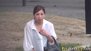 Asians pee and flee in hd