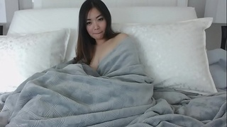 Sexy beautiful asian girl on webcam 680 | full version - webcumgirls.com