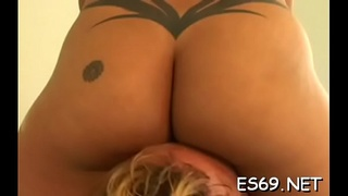 Smutty minded babes like to explore facesitting a lot