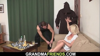 Hot threesome orgy with sexy blonde old woman