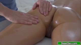 Busty costumer analed by her masseur