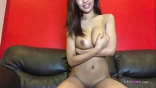 Thai cam girl shows off her perfect natural boobs
