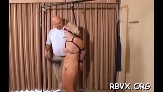 This bitch gets her taut vagina stimulated by ropes