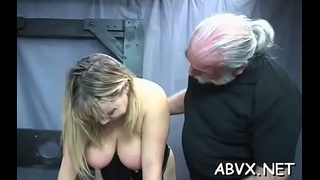 Harsh treatment on mature cunt in hot bondage xxx