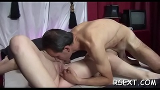 Hooker sucks and gets her hairless twat licked and fingered
