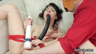 Foxy nympho is brought in butthole nuthouse for awkward therapy