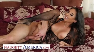 Naughty America - Trinity St. Clair fucks her best friend