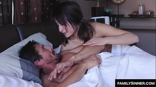 Stepdaughter suprise sex with daddy