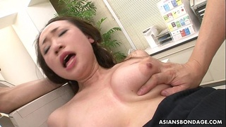 Getting her wet pussy pumped and she gets toy fucked