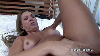Latina MILF Alessandra Maia takes a dick in her hot ass