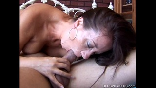 Sexy Sandy is a beautiful brunette MILF who loves hot sticky cum