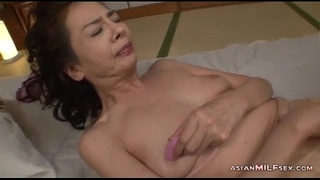 japan,oldonyoung,old,cougar,mom,asian,milf