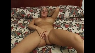amateur college blonde with big tits