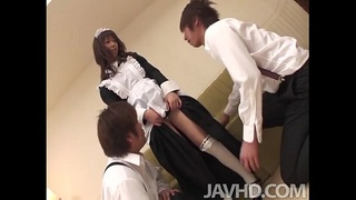Aiuchi Shiori finds herself surrounded as she works on cleaning an apartment