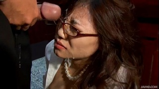 Office slut Ibuki kneels down and gives her boss a wet blowjob