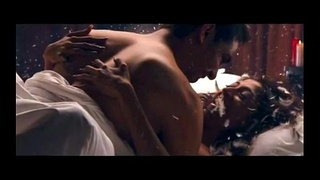 Paoli Sex scene from Hate Story