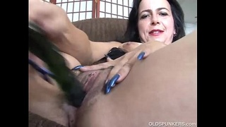 mother,chubby,big,milf,housewife,mature,orgasm