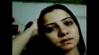 Ghazala Memon Showing her body.