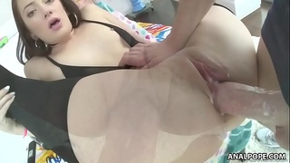 Rylee Renee wants Mike's big cock