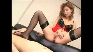 Shaved Asian Babe Fingering And Orgasm Squirting