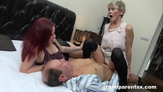 worn-out-pussy,young-pussy,handjob,shaved,old-couple,threesome,old-young