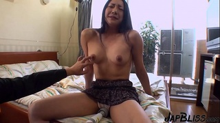 Japanese MILF Wanted The Cum In Her Pussy